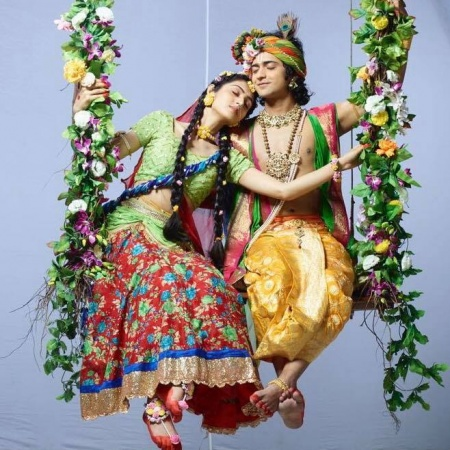 Krishna With Radha Serial Images Mirchistatus Trending radha krishna holi sumedh vasudev mudgalkar 1k+ downloads radha krishna most lovable picture 5k+ downloads radha krishna serial radha krishna completed 200+ episodes latest songs of radha krishna mujhme tum samayi ho kya ho raha kyun ho raha o kanha sad. krishna with radha serial images